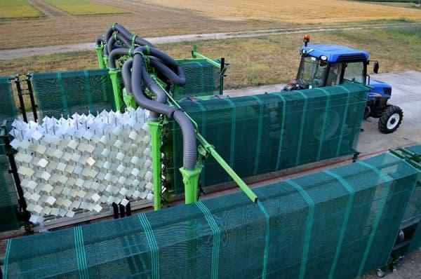 L'IFV, l'Irstea ont participé à la conception d'EvaVitiSpray. Cette vigne est un banc d'essai qui permet de mesurer la capacité du matériel à déposer correctement la bouillie phytosanitaire sur le végétal à protéger. Les campagnes 2013 et 2014, menées en collaboration avec les Chambre d'agriculture du Languedoc Roussillon, ont permis d'affiner les premiers résultats de performance des pulvérisateurs.