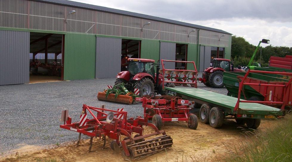 Hangars de cuma encore un effort entraid - Formulaire permis de construire hangar agricole ...