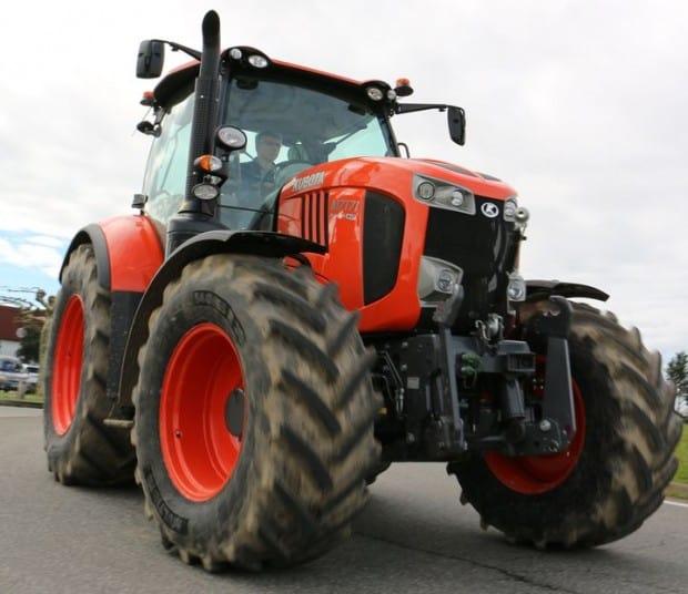 Essai Kubota tracteur M7 171 ch