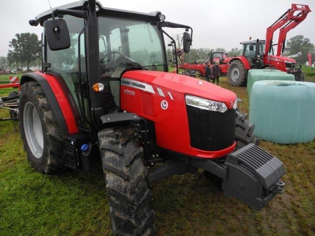 tracteur MF 4700