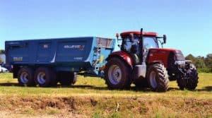 Conduite, tracteurs, désileuse automotrice, Cuma, adhérents, GAEC, réduction des coûts