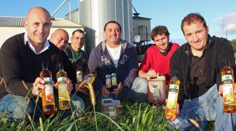 agriculteurs-vente-circuit-court-huile-colza-tournesol