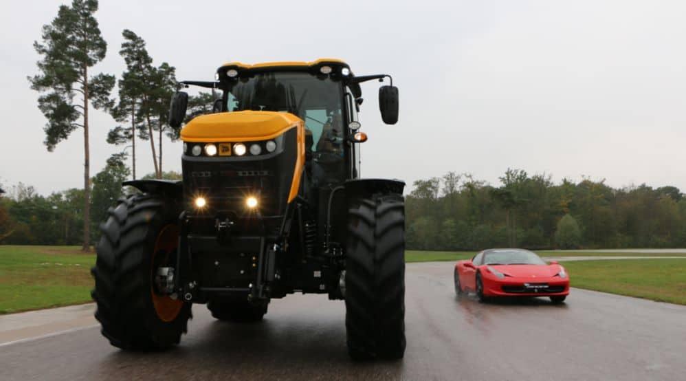 fastrac tracteur sur circuit homologation vitesse