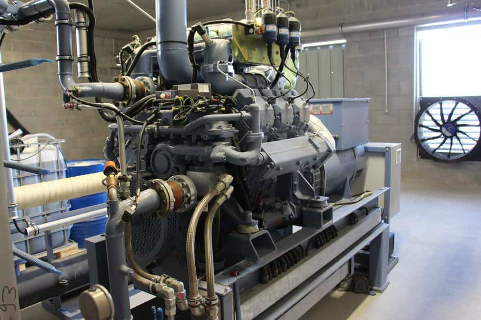 methanisation-ille-et-vilaine-metha-ferchaud-energies-renouvelables-agriculture-martigne-ferchaud-electricite-methanisation-cogeneration-le-moteur-cogenerateur-205-kwe