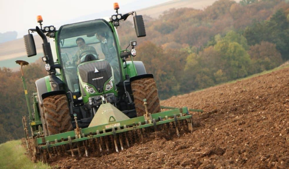 Tracteur Fendt 500 tier 4F