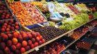 Baisse de la consommation des fruits et légumes chez les français + concurrence des prix avec les producteurs espagnols.