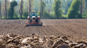 Chauffeur, labour, outil, cuma, travail du sol, morbihan, adhérent, tracteur