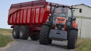 Kubota_groupe tracteur