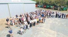 Les adhérents de la cuma de Saint-Juéry en Aveyron, réunis pour l'anniversaire de la cuma.
