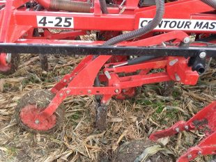 Semoir Eco Mulch Contour Master semis direct materiel agricole fiche technique dents largeur profondeur