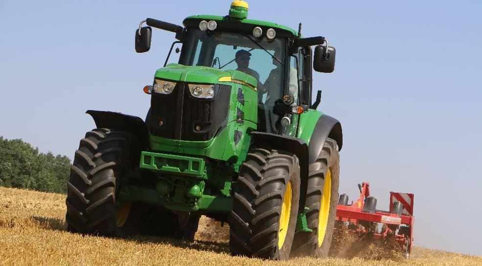 Tracteur électrique John Deere essais