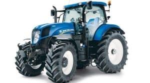 La cuma de Le Sen a renouvelé son tracteur et choisi un New Holland T7 210 RC T4B.