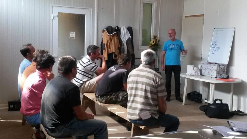Suite au salon Mécasol , un groupe d'agriculteurs charentais en cuma s'est constitué sur le thème de l'agriculture de conservation