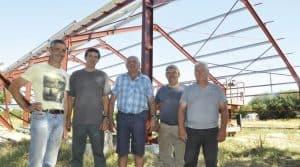 Ranger, abriter le matériel : le hangar est investissement que cette cuma a fait : une fonction structurante pour les projets coopératifs.