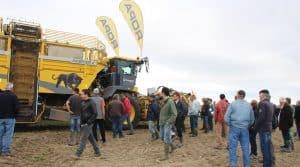 La Fdcuma du Loiret organisait une grande démonstration d'arrachage de betteraves à Nancray sur Rimarde le 5 octobre. Objectif : évaluer l'efficacité des machines en terres argileuses