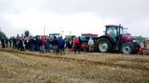 Le 13 septembre à Corme Royal, la Fédération des Cuma des Charentes a présenté trois types de semoirs adaptés au semis direct