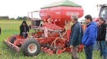 Lors d'une démonstration d'agriculture de conservation de la fdcuma du Tarn.