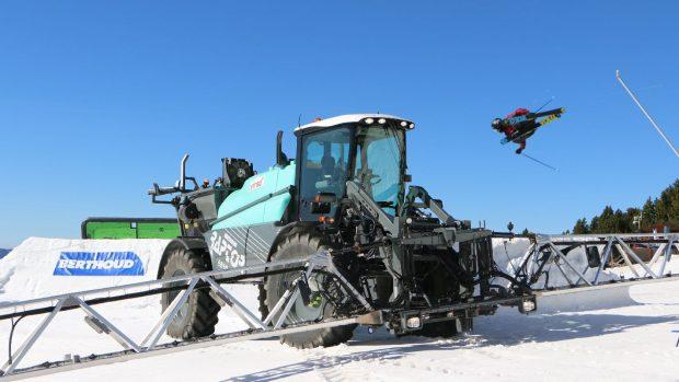 the-farm-entraid-ski-freestyle-vincent-maharavo-