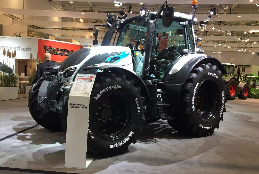 Smart touch valtra