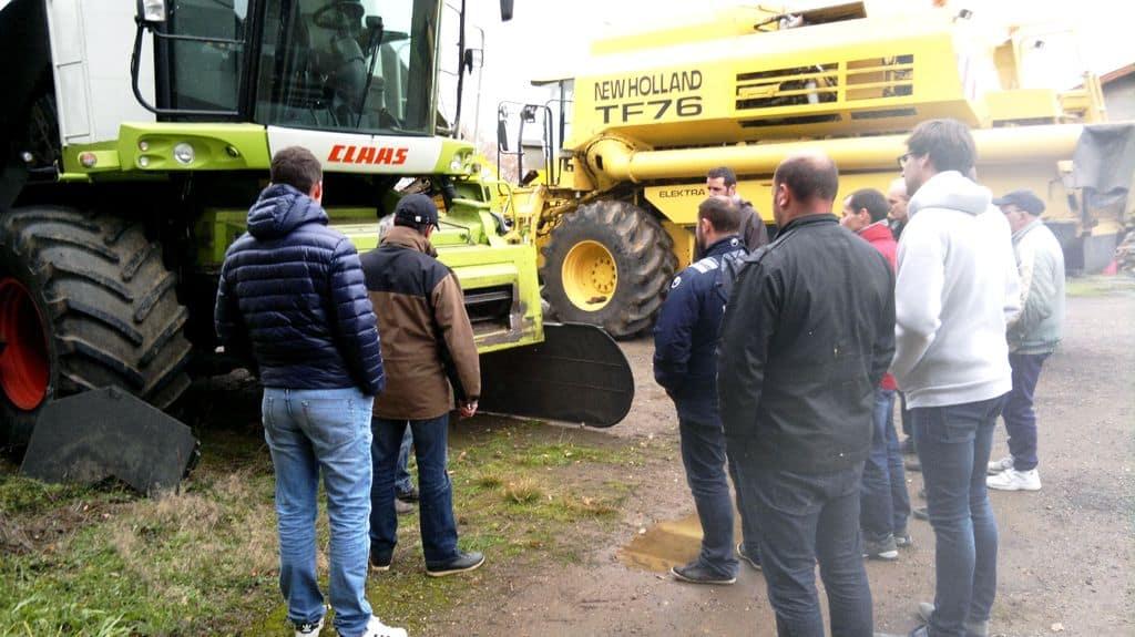 La Fédération des cuma des Charentes propose des formation sur le réglage des moissonneuses. N'hésitez pas à vous y inscrire