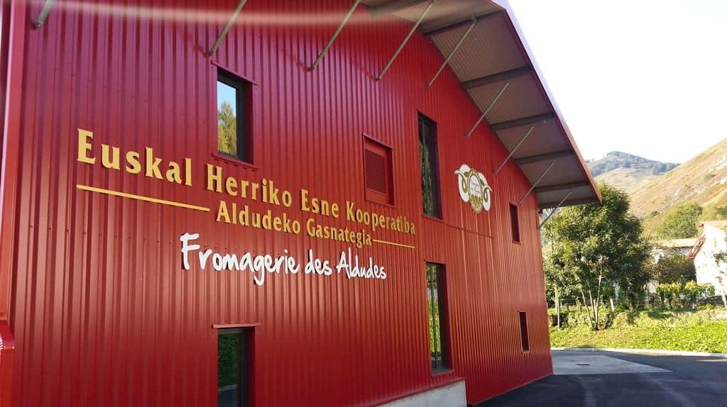 Fromagerie des Aldudes, Coopérative Laitière du Pays Basque, AOP Ossau-Iraty, brebis, vaches
