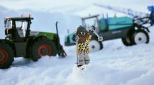 The Farm, le ski agricole et le snowpark le plus dingue de France Entraid avec les machines Leboulch, Claas et Berthoud.