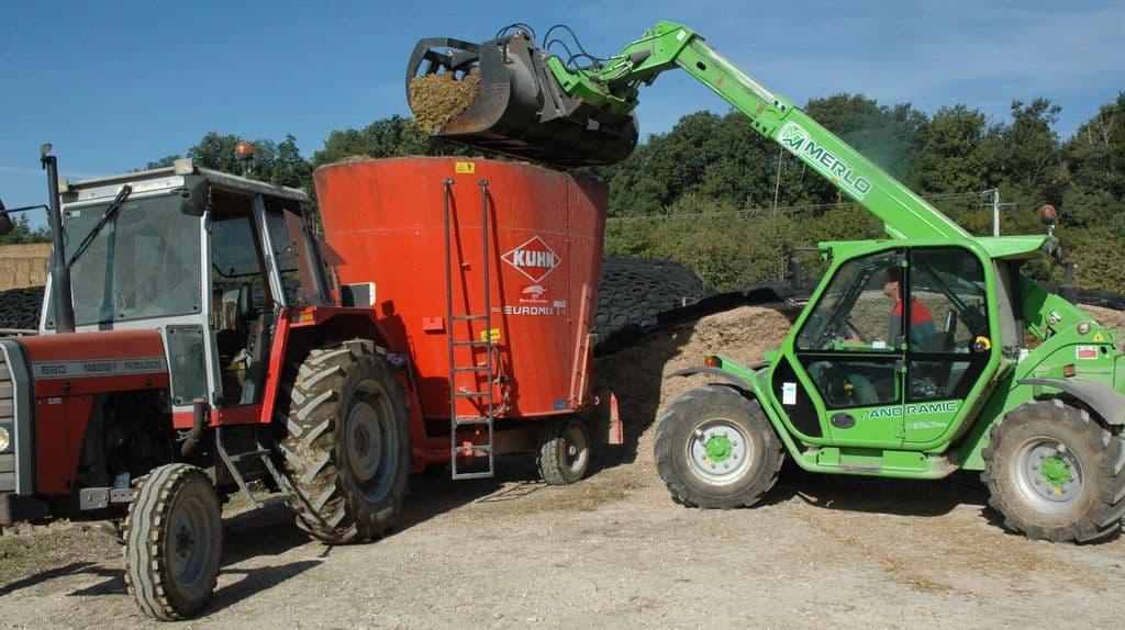 Plus de 13 000 € d'économie de charges de mécanisation par exploitation dans les exemples présentés le 25 janvier par Philippe Coupard, lors de l'AG de l'Union des cuma des Pays de Loire, section Vendée.