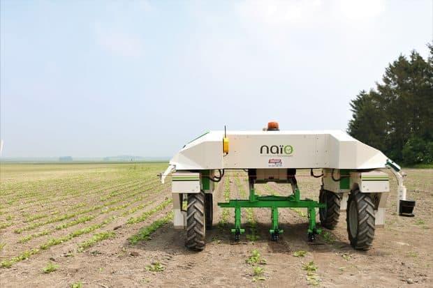Robot Naïo technologies