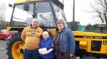 tracteur jaune Brandon