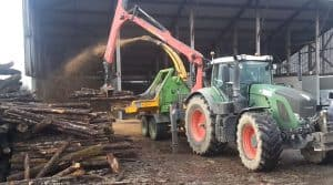 bois déchiqueté, production de plaquettes nécessite du matériel que l'Intercuma des Forge et la cuma la fourragère proposent.