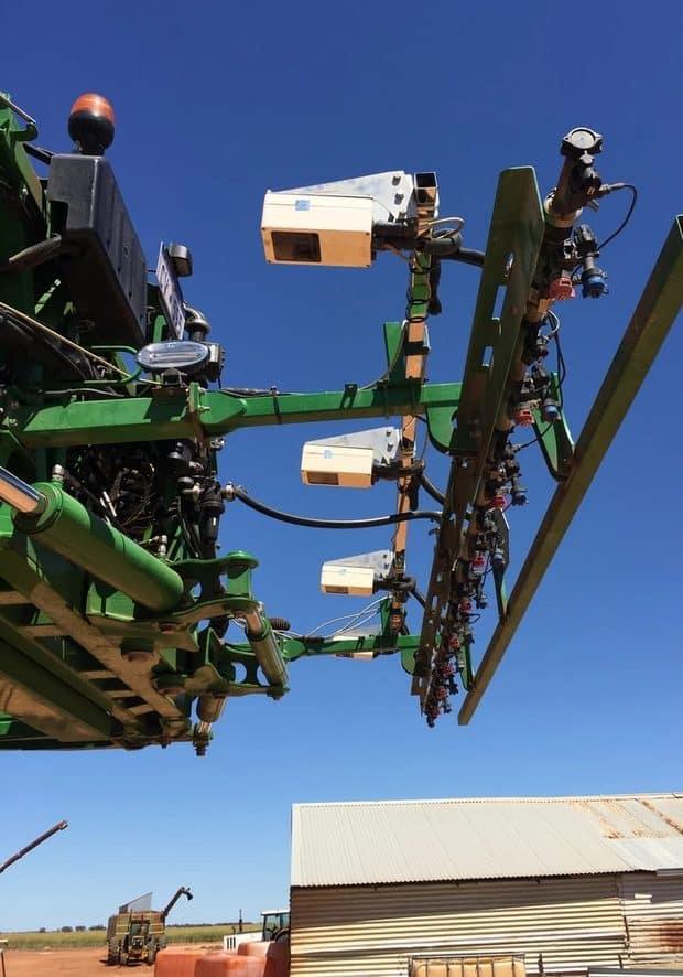 désherbage mécanique : capteur de végétation WEEDit