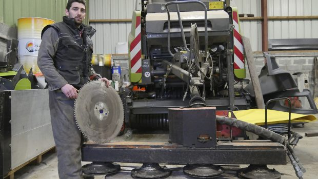 lamier materiel cuma travaux salarie scies