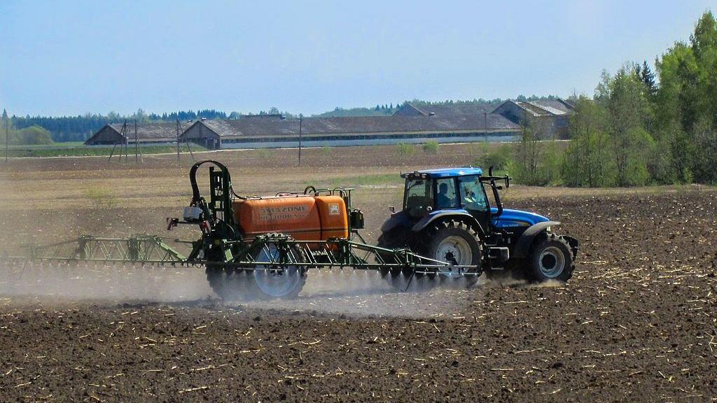 pesticides gouvernement produit phytosanitaire agroecologie