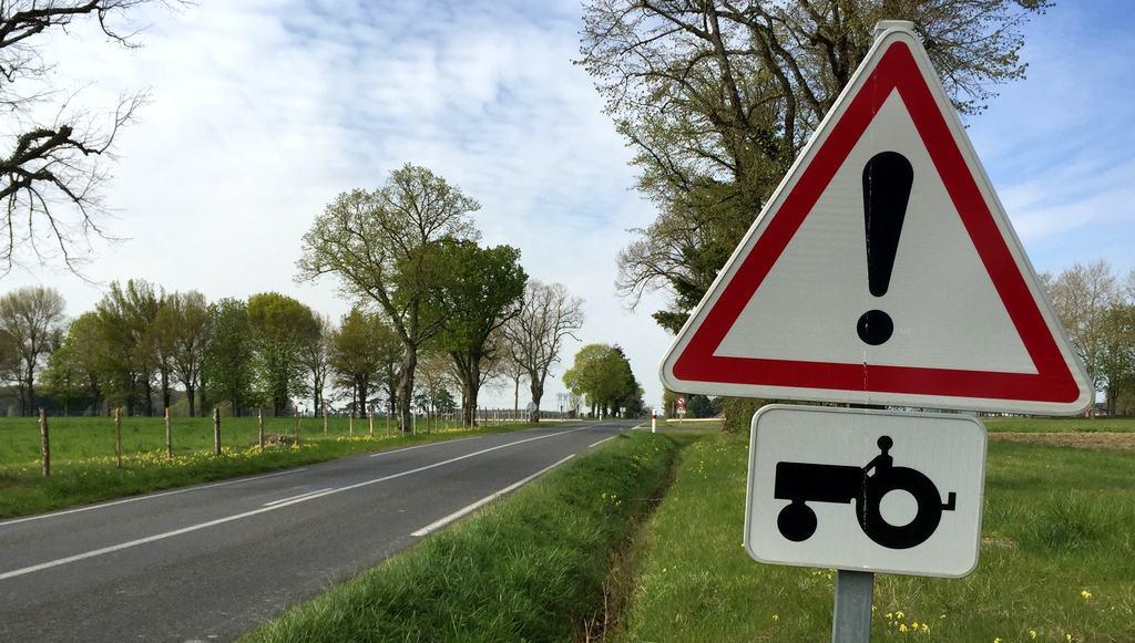 Homologation routière agricole : déplacement d'engins agricoles sur route
