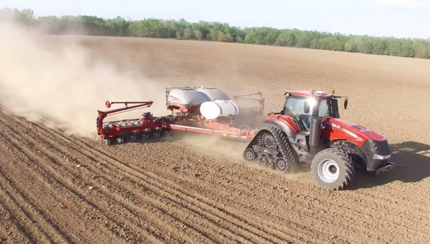 Ohio-University-high-speed-planting-semis-mais-grande-vitesse