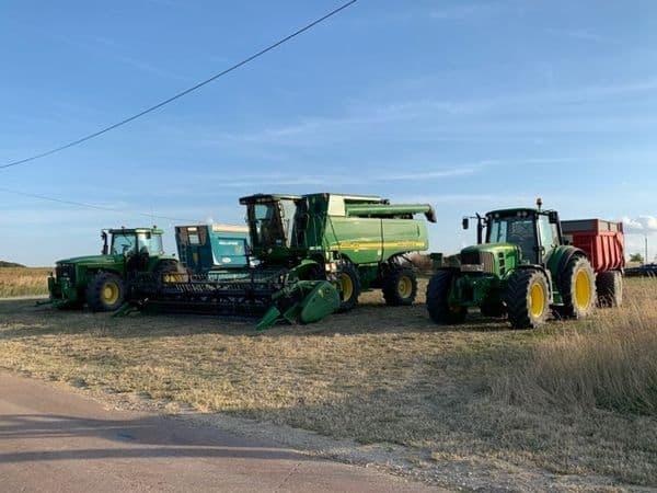 Matériels de récolte pour la moisson 2019.