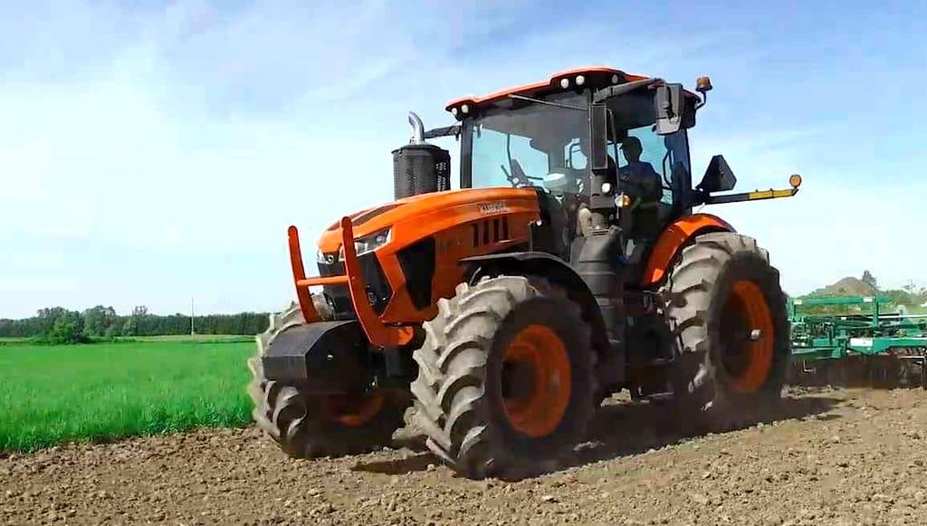tracteur Kubota M8