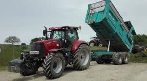 tracteur case ih cuma huisserie mayenne