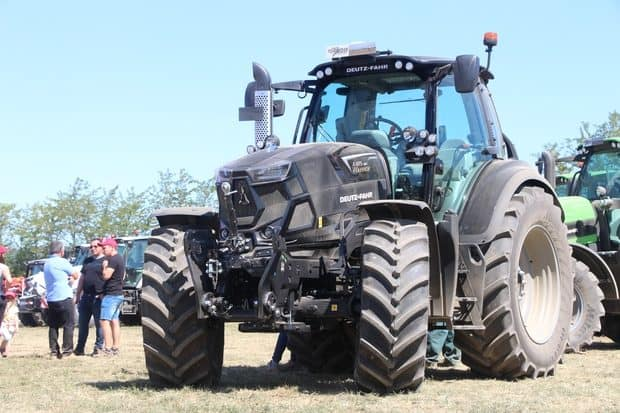 tracteur Deutz-Fahr série 6 Warrior