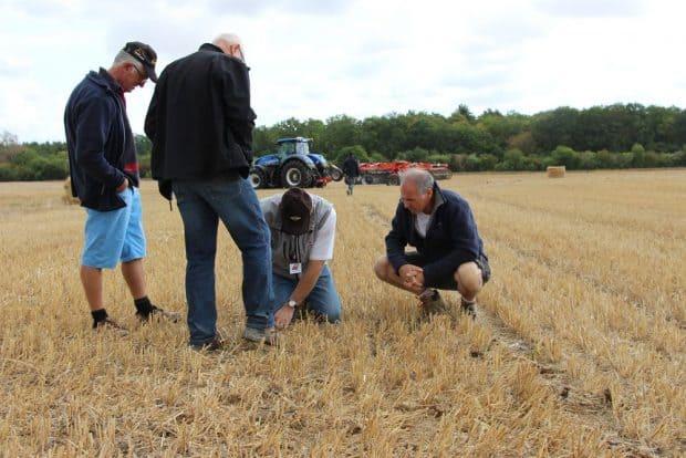 gestion des pailles et au semis direct démonstrations