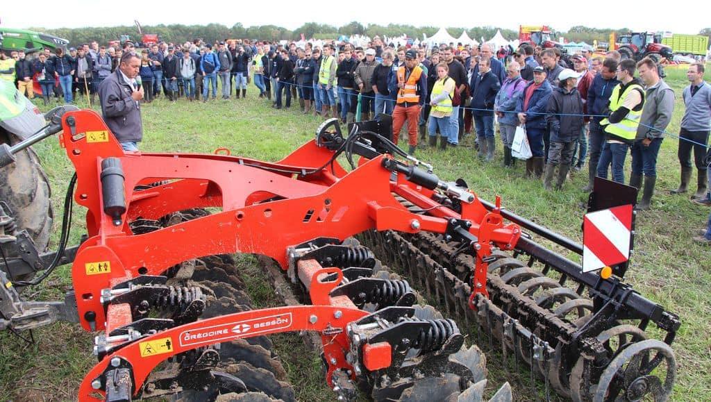 Mécasol dans la Vienne le 26 septembre. Au-delà de la contrainte réglementaire, de nombreux agriculteurs ont insisté sur l'opportunité agronomique d'implanter des couverts pour bonifier le fonctionnement de leur sol : structure, fertilité, réserve utile …