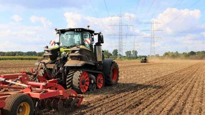 tracteur Claas à chenilles