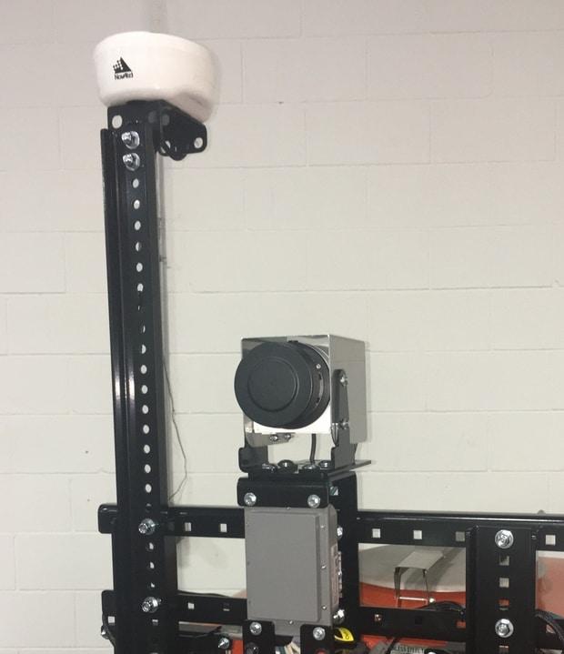 pulvérisation de précision capteur LiDAR et antenne GPS