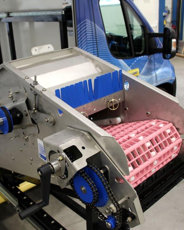 photo mystère manivelle machine agricole