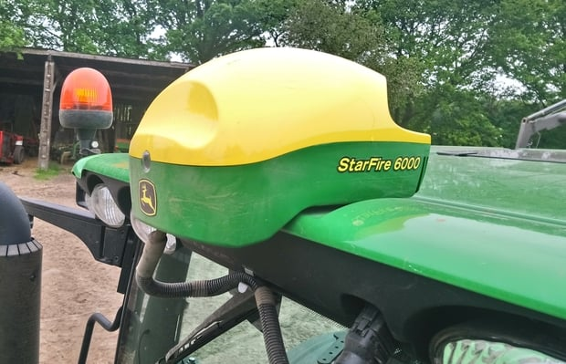 guidage John Deere StarFire GPS