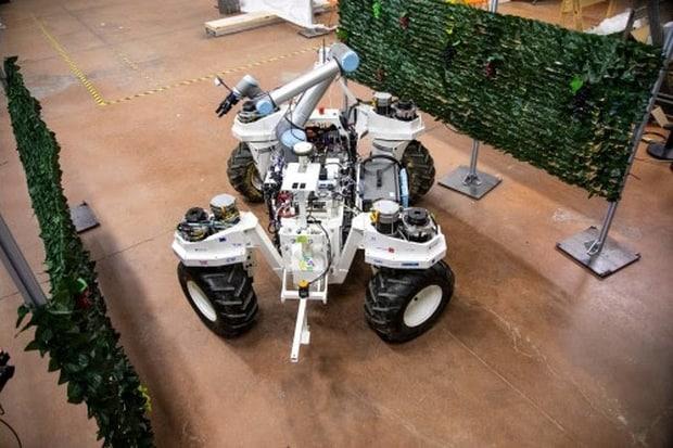 Yanmar projet robots SMASH