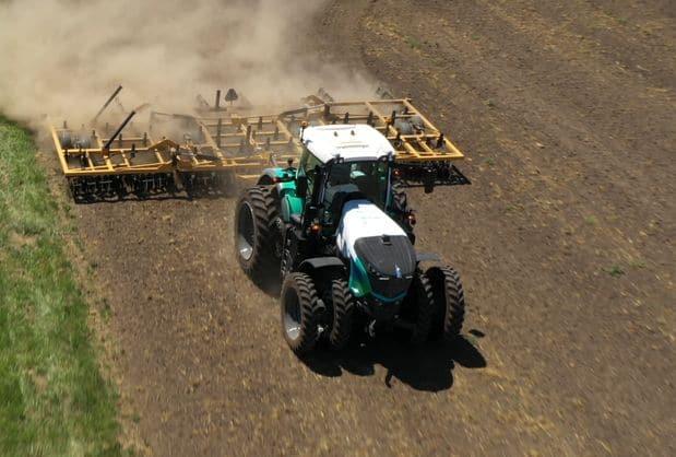 tracteur Fendt autonome Hexagon Novatel