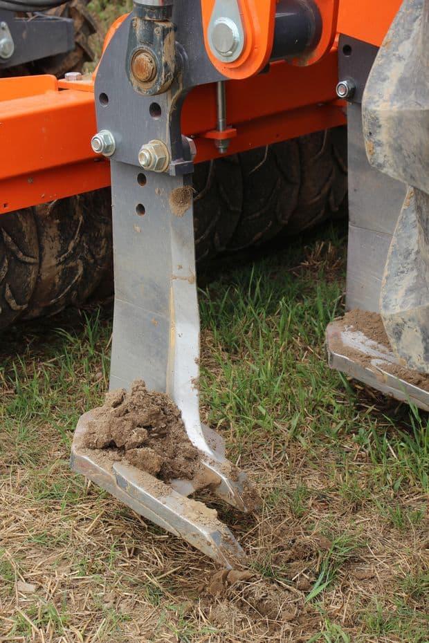 ameublisseur agrowin Plowin : semer le maïs sans labour