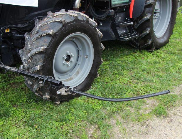 guidage tracteur vigneron par palpeur Trimble