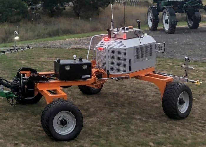 pulvérisateur Goldacres et robot Swarm farm